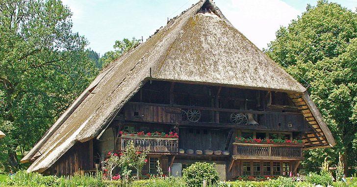 """Der Vogtsbauernhof, erbaut 1570, im gleichnamigen Museum – ein typisches """"Gutacher Haus"""""""